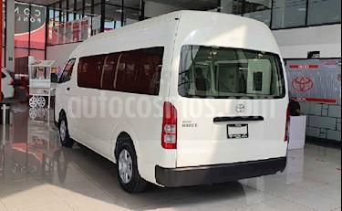 Toyota Hiace 4p SuperlargaVentanas L4/2.7 Man usado (2020) color Blanco precio $484,200