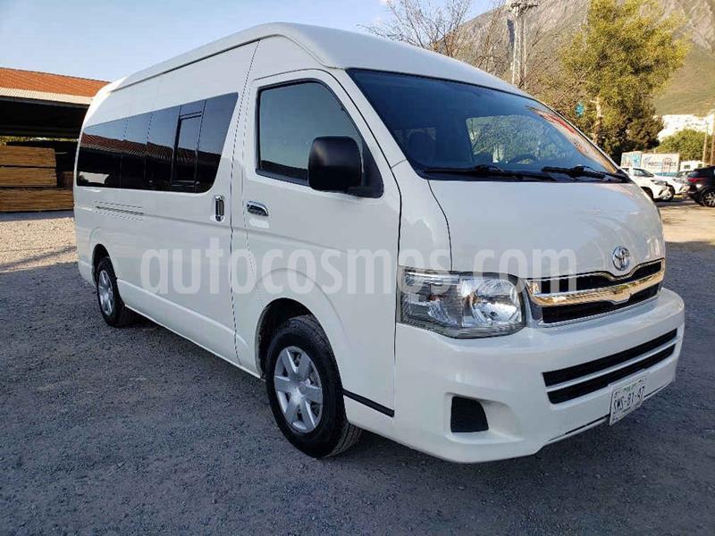 Toyota Hiace 2.7L Bus 15 Pas usado (2011) color Blanco precio $249,000
