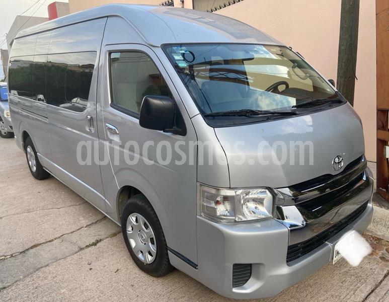 Toyota Hiace 2.7L Bus Commuter 15 Pas usado (2018) color Plata precio $355,000