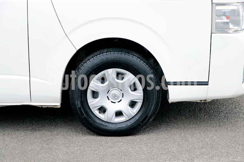 Toyota Hiace 2.7L Bus 15 Pas usado (2014) color Blanco precio $281,000