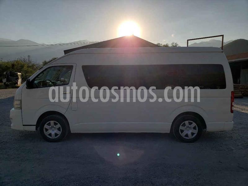 Toyota Hiace 2.7L Bus 15 Pas usado (2015) color Blanco precio $249,000