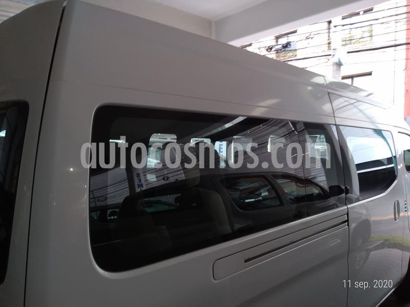 Toyota Hiace 2.7L Bus 15 Pas usado (2014) color Blanco precio $299,000