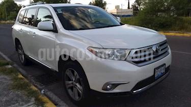 Foto Toyota Highlander 5P LIMITED TA CLIMATRONIC PIEL 6 CD QC RA-19 4X4 usado (2013) color Blanco precio $240,000