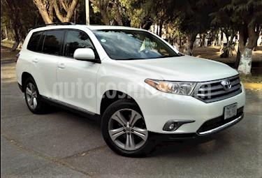 Foto venta Auto usado Toyota Highlander 5p Premium Sport V6/3.5 Aut (2013) color Blanco precio $265,000