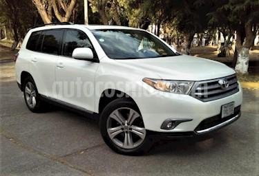 Foto venta Auto usado Toyota Highlander 5p Premium Sport V6/3.5 Aut (2013) color Blanco precio $253,000