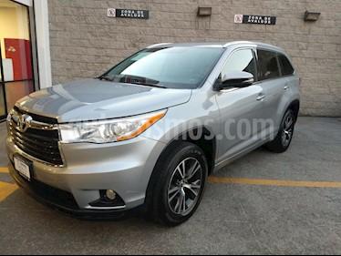 Foto venta Auto usado Toyota Highlander 5p XLE V6/3.5 Aut (2016) color Plata precio $468,000