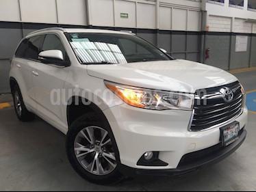 Foto venta Auto usado Toyota Highlander 5p XLE V6/3.5 Aut (2015) color Blanco precio $380,000