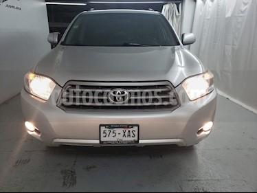 Foto venta Auto usado Toyota Highlander Base Premium (2010) color Gris Plata  precio $144,900