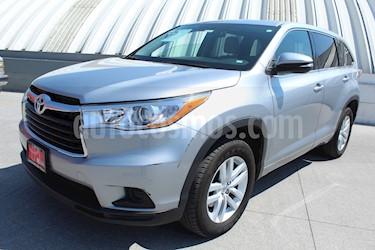 Foto venta Auto usado Toyota Highlander LE (2015) color Plata precio $374,000
