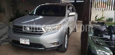Toyota Highlander LE usado (2013) color Plata precio $225,000