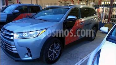 Foto venta Auto Seminuevo Toyota Highlander LE (2019) color Plata precio $533,000
