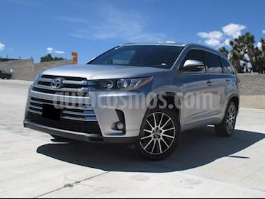 Foto venta Auto usado Toyota Highlander Limited Panoramic Roof (2018) color Plata precio $540,000