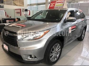 Foto venta Auto Seminuevo Toyota Highlander Limited (2016) color Plata precio $549,000