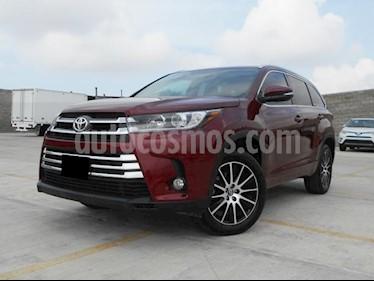 Foto venta Auto Seminuevo Toyota Highlander Limited (2017) color Vino Tinto precio $598,000