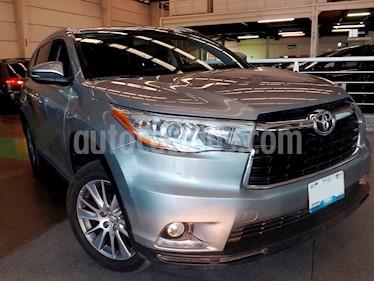 Foto venta Auto usado Toyota Highlander Limited (2015) color Plata precio $409,000