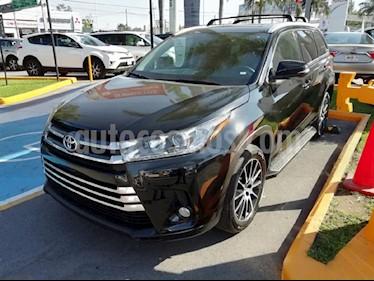 Foto venta Auto usado Toyota Highlander Limited (2017) color Negro precio $590,000
