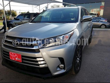 Foto venta Auto usado Toyota Highlander Limited (2018) color Plata precio $639,000