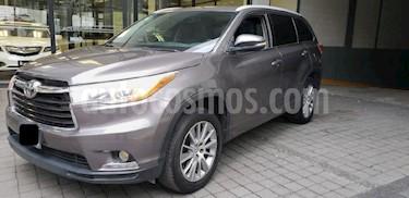 Foto venta Auto Seminuevo Toyota Highlander Limited (2015) color Gris precio $380,000