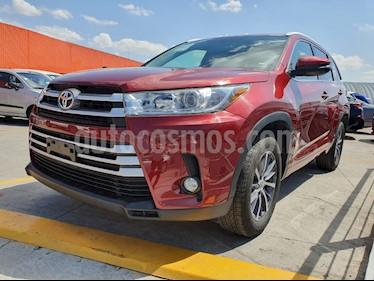 Toyota Highlander XLE usado (2018) color Rojo precio $499,000