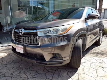 Toyota Highlander 5p LE V6/3.5 Aut usado (2016) color Gris precio $345,000