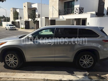 Toyota Highlander Limited Panoramic Roof usado (2015) color Plata precio $355,000