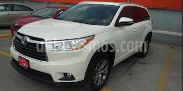 Toyota Highlander XLE usado (2015) color Blanco Perla precio $399,000