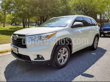 Toyota Highlander XLE usado (2015) color Blanco precio $350,000