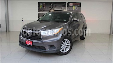 Toyota Highlander 5p LE V6/3.5 Aut usado (2014) color Gris precio $279,000