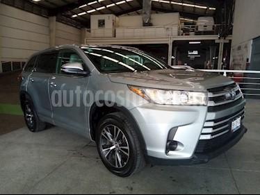 Toyota Highlander LE usado (2018) color Plata precio $429,000