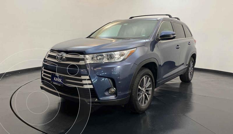 Toyota Highlander XLE usado (2017) color Azul precio $397,999