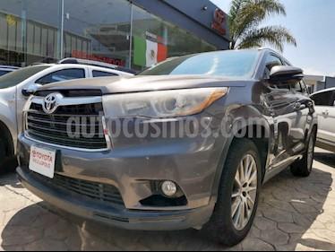 Toyota Highlander 5p Limited V6/3.5 Aut usado (2015) color Gris precio $345,000