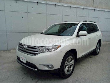 Toyota Highlander 5p Base premium aut a/a R-17 usado (2012) color Blanco precio $210,000