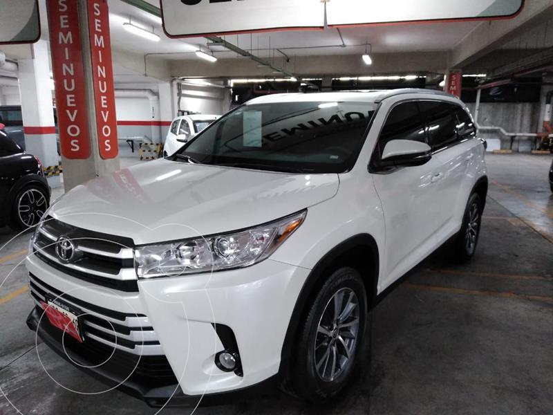 Toyota Highlander XLE usado (2019) color Blanco precio $560,000