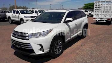 Toyota Highlander 5p XLE V/3.5 Aut usado (2019) color Blanco precio $520,000