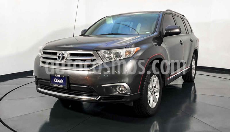 Toyota Highlander Base Premium usado (2011) color Gris precio $197,999