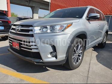 Toyota Highlander XLE usado (2018) color Plata precio $525,000
