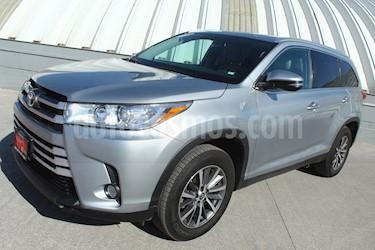 Toyota Highlander XLE usado (2019) color Plata precio $620,000