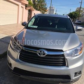 Toyota Highlander XLE usado (2016) color Plata precio $370,000