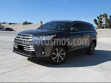 Toyota Highlander XLE usado (2018) color Gris Metalico precio $530,000