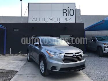 Toyota Highlander LE usado (2015) color Plata precio $298,000