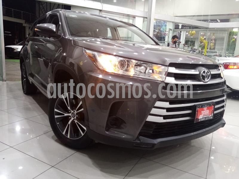 Toyota Highlander LE usado (2018) color Gris Metalico precio $429,000