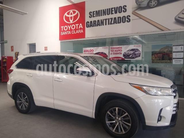 Toyota Highlander XLE usado (2017) color Blanco precio $413,000