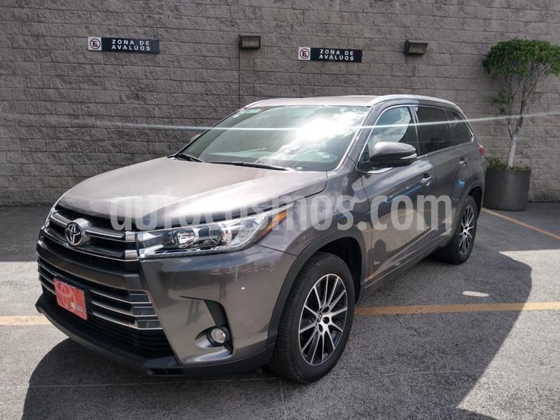 Toyota Highlander Limited usado (2019) color Gris precio $620,000