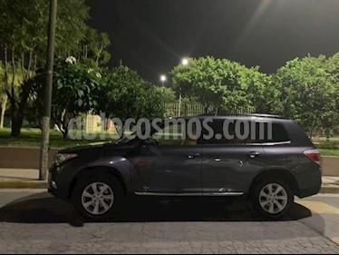 Toyota Highlander Base Premium usado (2012) color Gris precio $212,000