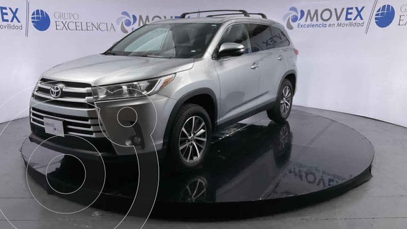 Foto Toyota Highlander XLE usado (2019) color Plata precio $575,000