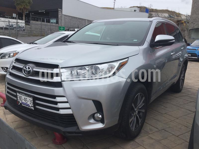 Toyota Highlander XLE usado (2018) color Plata precio $528,000