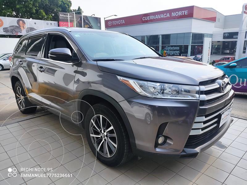 Foto Toyota Highlander XLE usado (2018) color Gris precio $464,900