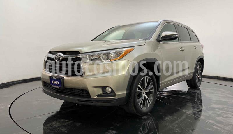 Toyota Highlander XLE usado (2016) color Blanco precio $407,999