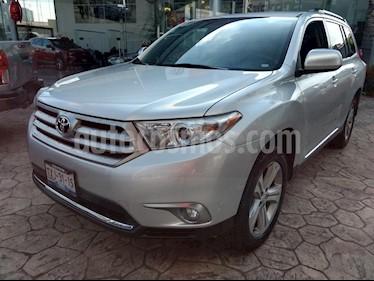 Foto venta Auto Seminuevo Toyota Highlander Premium (2012) color Plata precio $245,000