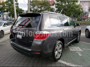 Foto venta Auto Seminuevo Toyota Highlander Premium (2013) color Gris precio $285,000